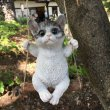 画像1: ぶらんこ猫 (1)